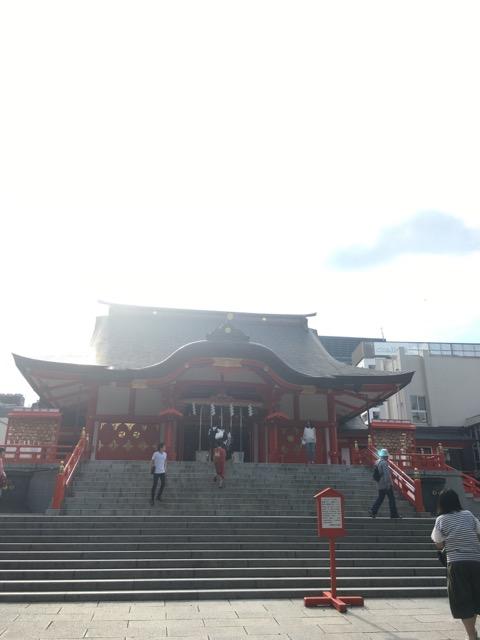 花園神社の拝殿
